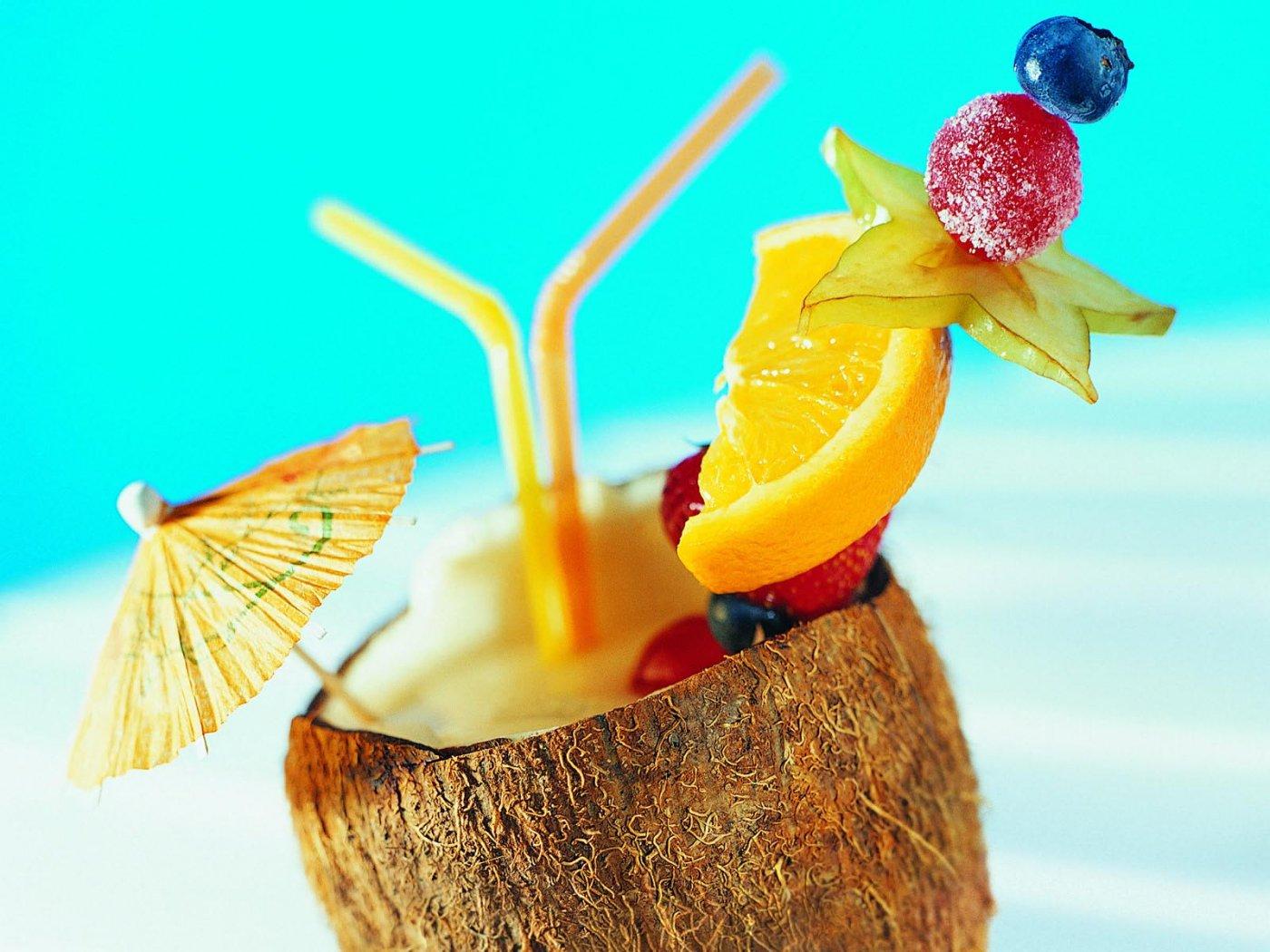 Summer Tropical Drink 72361 1400x1050