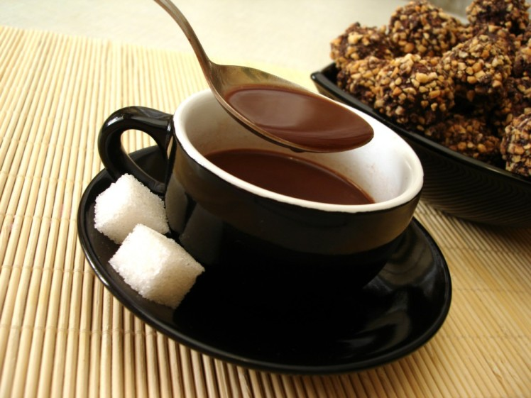 CUP-OF-CHOCOLATE-©-Viktoriia-Kulish-Dreamstime.com_-1024x768