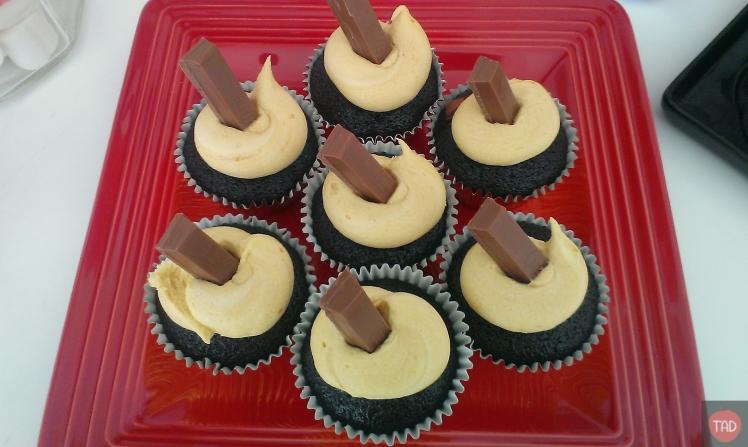 Cupcake with Kitkat chocolate